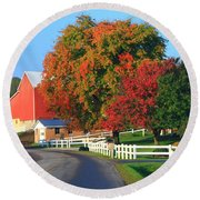 Amish Barn In Autumn Round Beach Towel