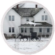 Amish Buggy And Amish House Round Beach Towel