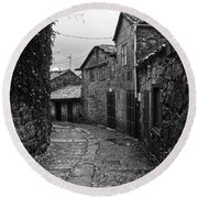 Ancient Street In Tui Bw Round Beach Towel