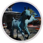 Arabian Horse Sculpture Round Beach Towel