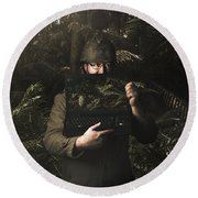 Army Soldier With Security Screen Saver Round Beach Towel