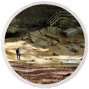 Ash Cave In Hocking Hills Round Beach Towel