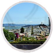 At The Top - Lombard Street Round Beach Towel