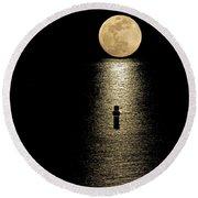 Auspicious Moon Round Beach Towel