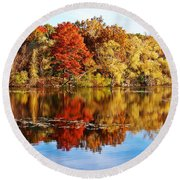 Autumn At Horn Pond Round Beach Towel