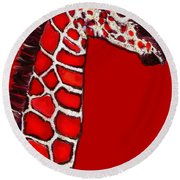 Baby Giraffe In Red Black And White Round Beach Towel
