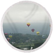 Balloon Rise Over Quechee Vermont Round Beach Towel