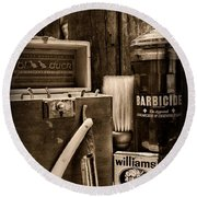 Barber - Vintage Barber Tools - Black And White Round Beach Towel
