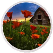 Barn In Poppies Round Beach Towel