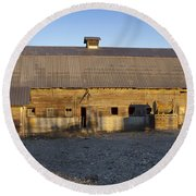 Barn In Rural Washington Round Beach Towel by Cathy Anderson