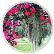 Baton Rouge Louisiana Crepe Myrtle And Moss At Capitol Park Round Beach Towel