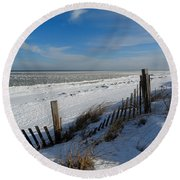 Beach On A Winter Morning Round Beach Towel