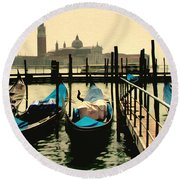 Round Beach Towel featuring the photograph Beautiful Day In Venice by Brian Reaves