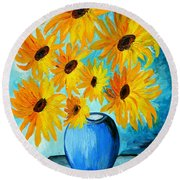 Beautiful Sunflowers In Blue Vase Round Beach Towel