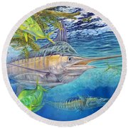 Big Blue Hunting In The Weeds Round Beach Towel