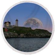 Big Moon Over Nubble Lighthouse Round Beach Towel