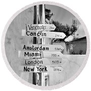 Black And White Directional Sign Round Beach Towel