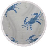 Blue Crabs On Sand Round Beach Towel