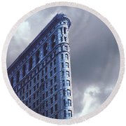 Round Beach Towel featuring the photograph Blue Glow Flatiron Building New York by Tom Wurl