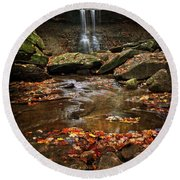 Blue Hen Falls In Autumn Round Beach Towel