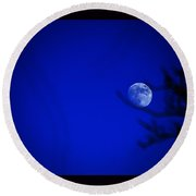Round Beach Towel featuring the photograph Blue Moon Rise by Susanne Still