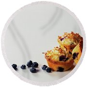 Blueberry-coconut Pound Cakes Round Beach Towel