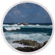 Boiling The Ocean At Laie Point - North Shore - Oahu - Hawaii Round Beach Towel
