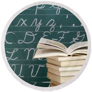 Books And Chalkboard Round Beach Towel