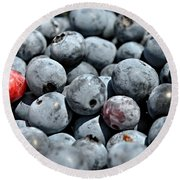 Round Beach Towel featuring the photograph Bountiful Blueberries by Kelly Nowak