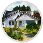 Bungalow In Sunlight Round Beach Towel