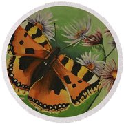 Butterfly With Asters Round Beach Towel