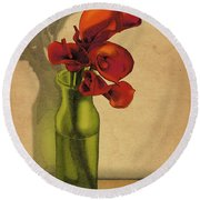 Calla Lilies In Bloom Round Beach Towel