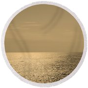 Calm Arabian Sea Round Beach Towel