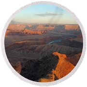Round Beach Towel featuring the photograph Canyonlands Np Dead Horse Point 21 by Jeff Brunton