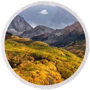 Capitol Peak In Snowmass Colorado Round Beach Towel