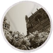 Cathedral Of Seville Round Beach Towel