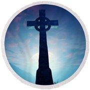 Celtic Cross With Moon Round Beach Towel