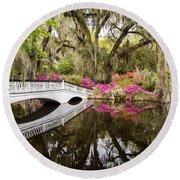 Charleston Garden Photo - Live Oaks And Azaleas Round Beach Towel