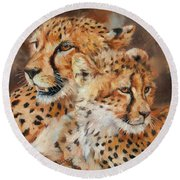 Cheetah And Cub Round Beach Towel by David Stribbling