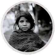 Chiapas Girl Round Beach Towel