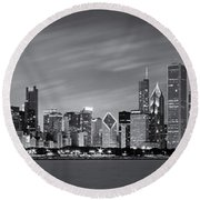 Chicago Skyline At Night Black And White Panoramic Round Beach Towel