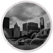 Round Beach Towel featuring the photograph Chicago City Skyline by Miguel Winterpacht