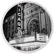 Chicago Theatre Marquee Sign At Night Black And White Round Beach Towel