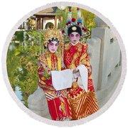 Chinese Opera Children - In Full Traditional Chinese Opera Costumes. Round Beach Towel