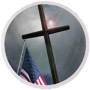 Christian Cross And Us Flag Round Beach Towel