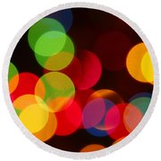 Unfocused Round Beach Towel