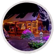 Christmas Fantasy Lodge And Tree Lights Round Beach Towel