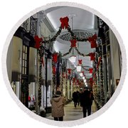 Christmas In Piccadilly Arcade Round Beach Towel