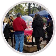 Christmas People Cold And Muddy Round Beach Towel