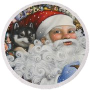 Christmas Stowaway Round Beach Towel